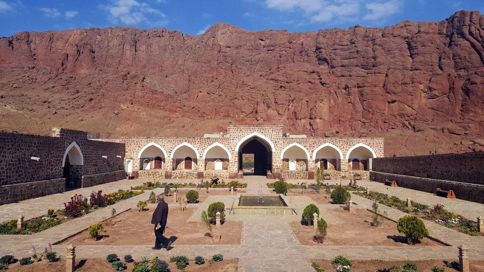 کاروانسرای تاریخی خواجهنظر (جلفا)
