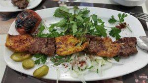 غذای کبابسرای ریحان